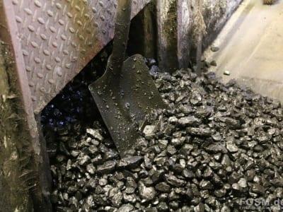 Kohle für den Ofen
