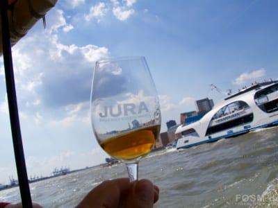 JURA auf dem Wasser