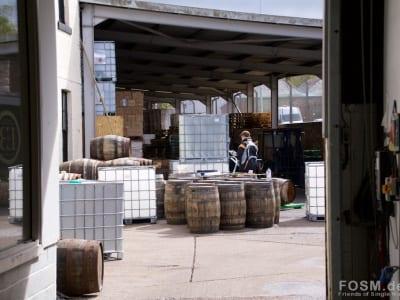 Eden Mill - Fässer werden befüllt