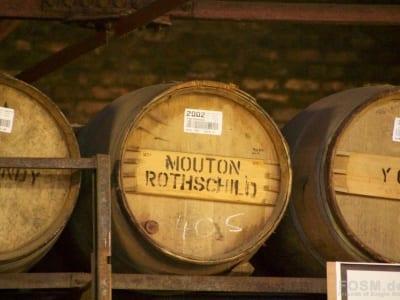 Mouton Rothschild Fässer im Lager von Bruichladdich