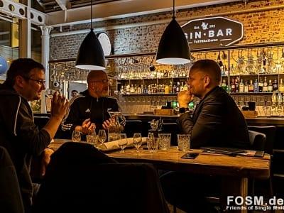 Peter, Heiko und Terje im Gespräch (vlnr)