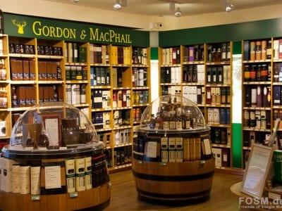 Gordon & MacPhail Shop - Flaschen II