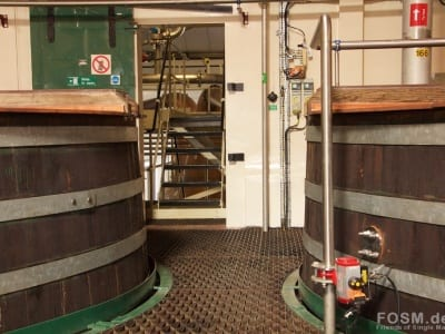 Linkwood Washbacks - Blick zu den Stills